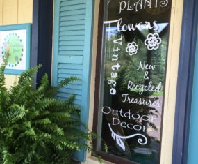 Gardening Junky Shop – New Window Signs